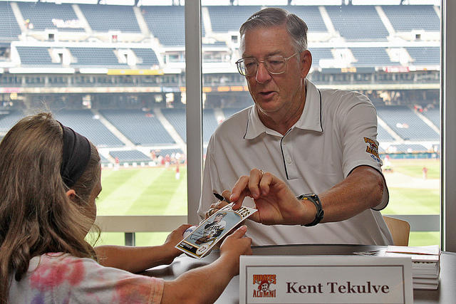 1979 Pirates pitcher Kent Tekulve is recovering from heart transplant surgery while returning to baseball as part of the Pirates broadcast team.