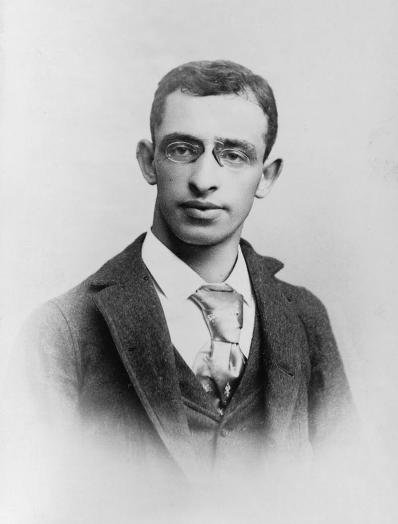 This photo of anarchist Alexander Berkman was taken shortly after his arrest. A policeman lent him the tie he's wearing.