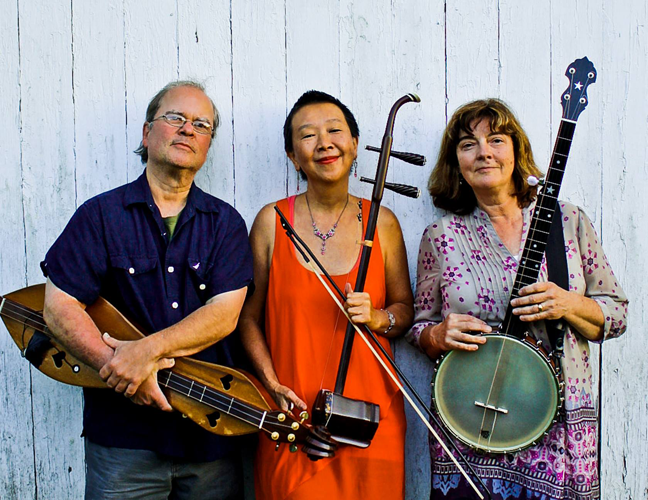 Musicians Jeff Berman, Mimi Jong and Sue Powers blend the sounds of Appalachia and traditional Chinese folk music to create their group AppalAsia.