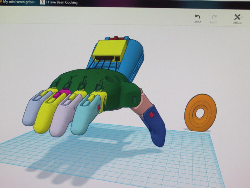 Computer rendering of a 3-D prosthetic hand