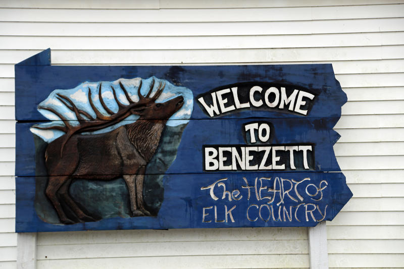 Signs dot Benezette, Pa., pointing visitors in the direction of viewing areas and visitor centers where guides offer maps and other information on elk watching.