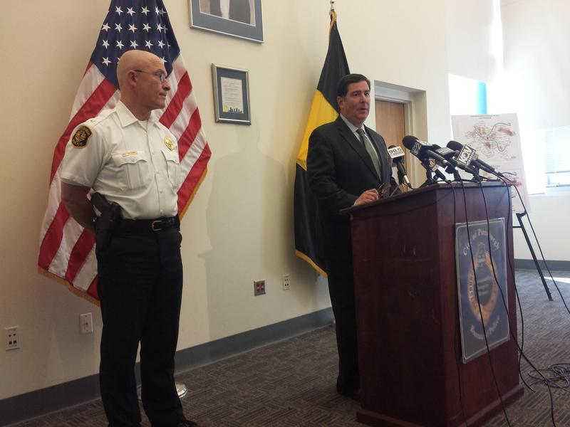 Pittsburgh Mayor Bill Peduto and Police Chief Cameron McLay at a press conference in September 2015.