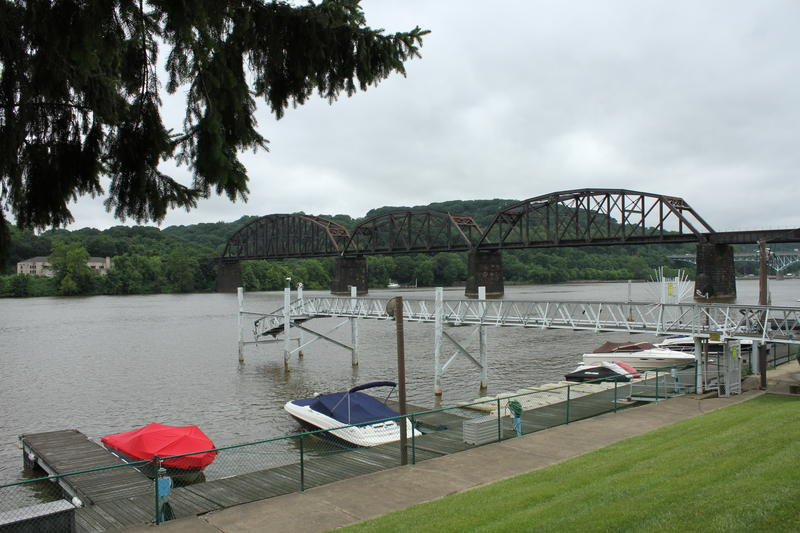 A summit was held at Aspinwall Riverfront Park, one mile upstream on the Allegheny River from Lock and Dam 2.