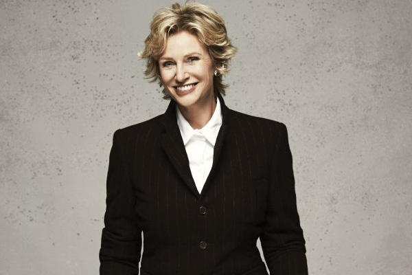 Jane Lynch will perform with the Pittsburgh Symphony Orchestra