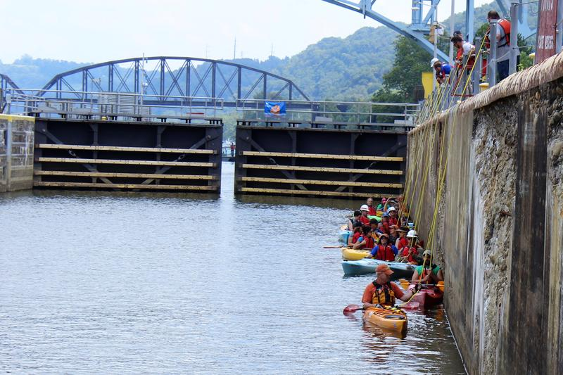 Volunteers with Venture Outdoors and the U.S. Army Corps of Engineers--plus some reporters--learn how to properly 'lock through' at Allegheny River Lock No. 2 on Tuesday, Aug. 15, 2017.