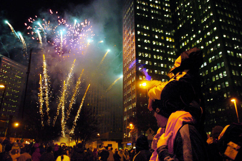 Pittsburgh's annual Light Up Night, a kickoff to the holiday season, begins Friday night, Nov. 18, 2005 with a fireworks display set off on Liberty Avenue in downtown.