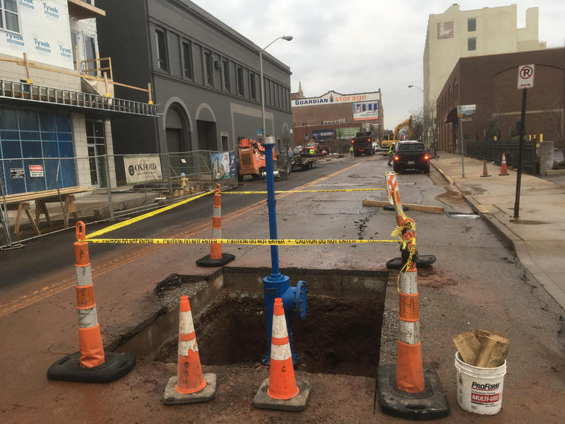 PWSA crews work to fix a water main break on Centre Ave. in East Liberty on Dec. 18, 2017.