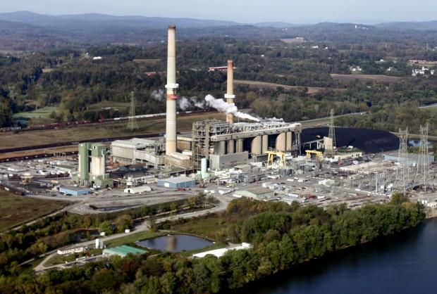 PPL's Brunner Island coal-fired plant, on the west bank of Susquehanna River, is among the plants included in a settlement between the Department of Environmental Protection and environmental groups.