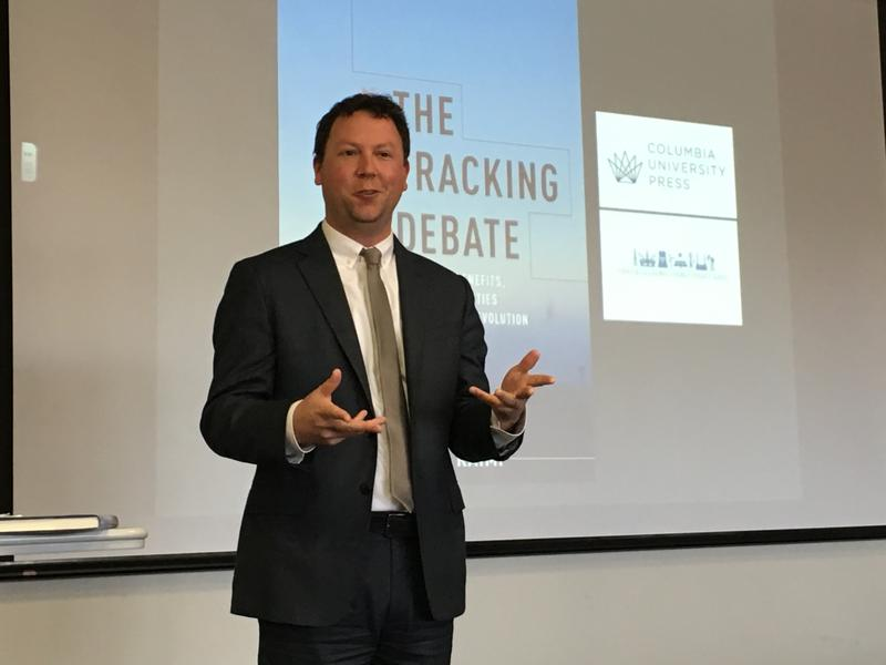"""Daniel Raimi, author of the newly released book """"The Fracking Debate,"""" speaks at the University of Pittsburgh."""