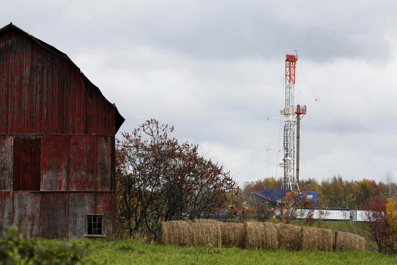 A drilling rig is set up near a barn in Springville, Pa., to tap gas from the Marcellus shale gas field.