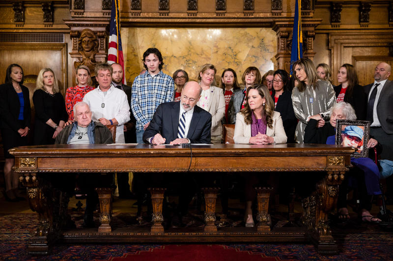 Governor Tom Wolf signs Senate Bill 449, known as Tierne's Law, strengthening protections for victims of domestic violence. The governor was joined by Senator Camera Bartolotta, victim advocates and members of Tierne's family.