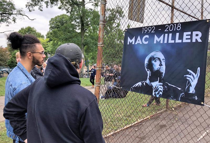 Fans gather at the vigil for Pittsburgh rapper Mac Miller on Tuesday, Sept. 11, 2018.