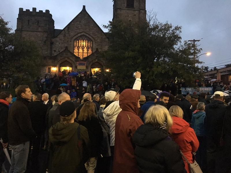 Hundreds gathered at the intersection of Murray and Forbes avenues in Squirrel Hill during a memorial vigil for the victims of the shooting at the Tree of Life Synagogue Sat., Oct. 27, 2018.