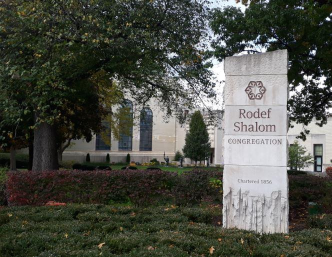 Outside of Rodef Shalom, where Jews and non-Jews gathered for Saturday services one week after the shooting at nearby Tree of Life Synagouge.