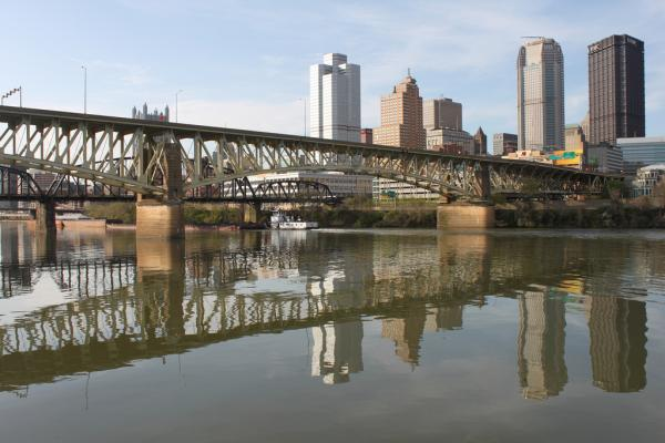 The Liberty Bridge carries an estimated 54,000 (corrected from the 1,600 posted earlier) vehicles a day between downtown and the South Hills. And, of some 4,500 Pennsylvania bridges rated structurally deficient, it's among the most visible.