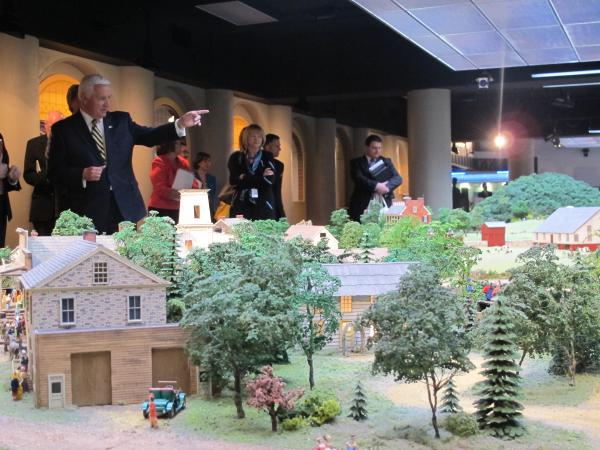 Gov. Tom Corbett toured Carnegie Science Center to promote STEM education investments in his proposed 2015-16 budget.