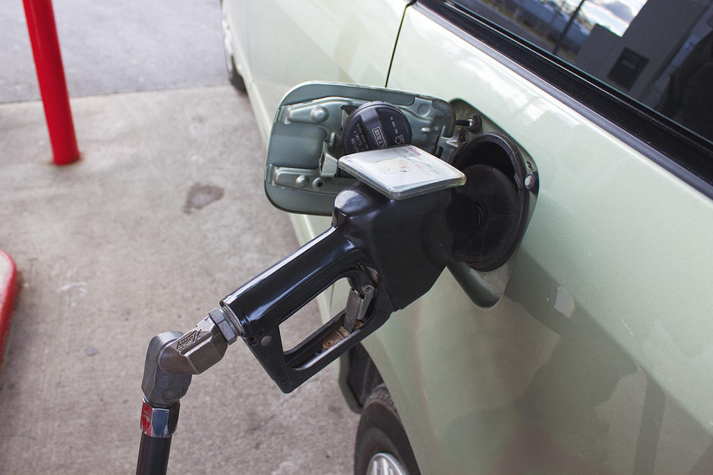 Saving at the pump during your Memorial Day travels