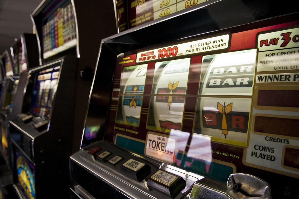 how many internet gambling sites