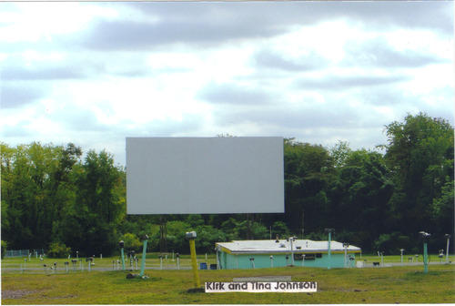 Dependable Drive In Prices >> Drive In To A Summer Of Fun Where To Find A Screen Near You 90 5