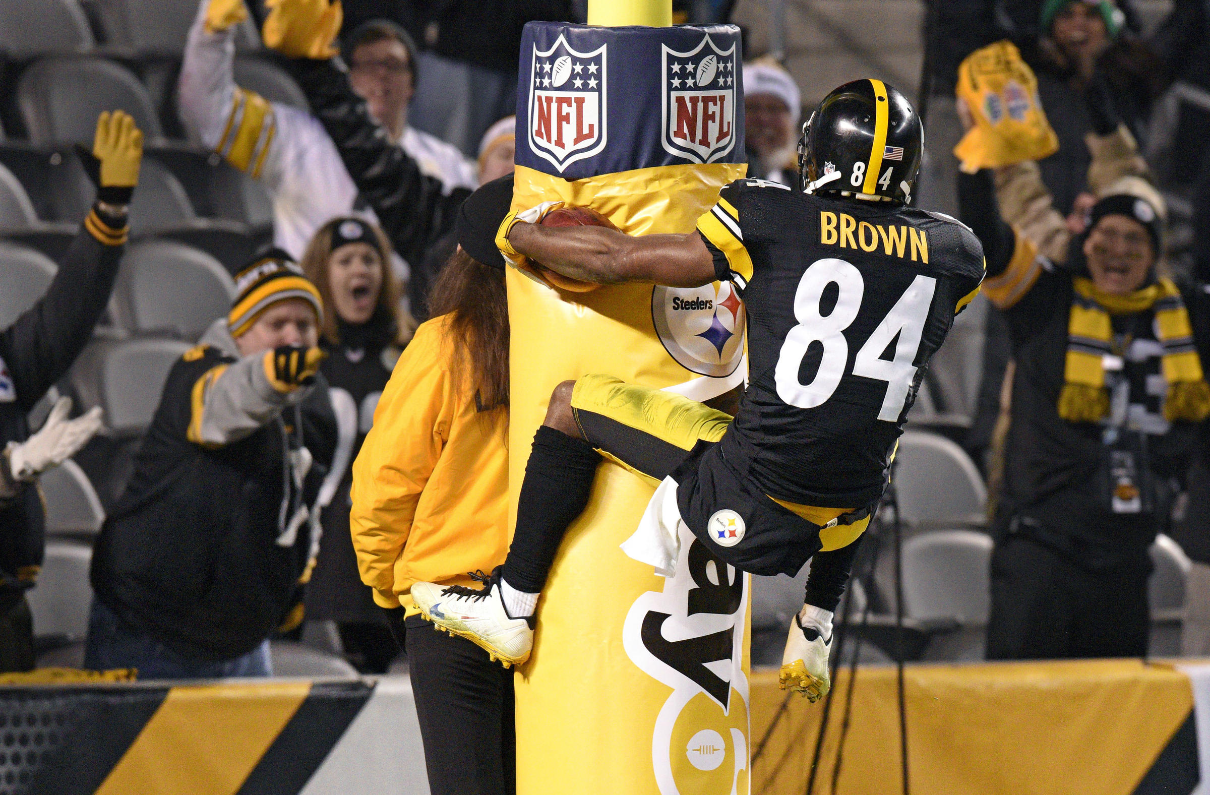 Steelers Antonio Brown Is Ready To Dance And Win