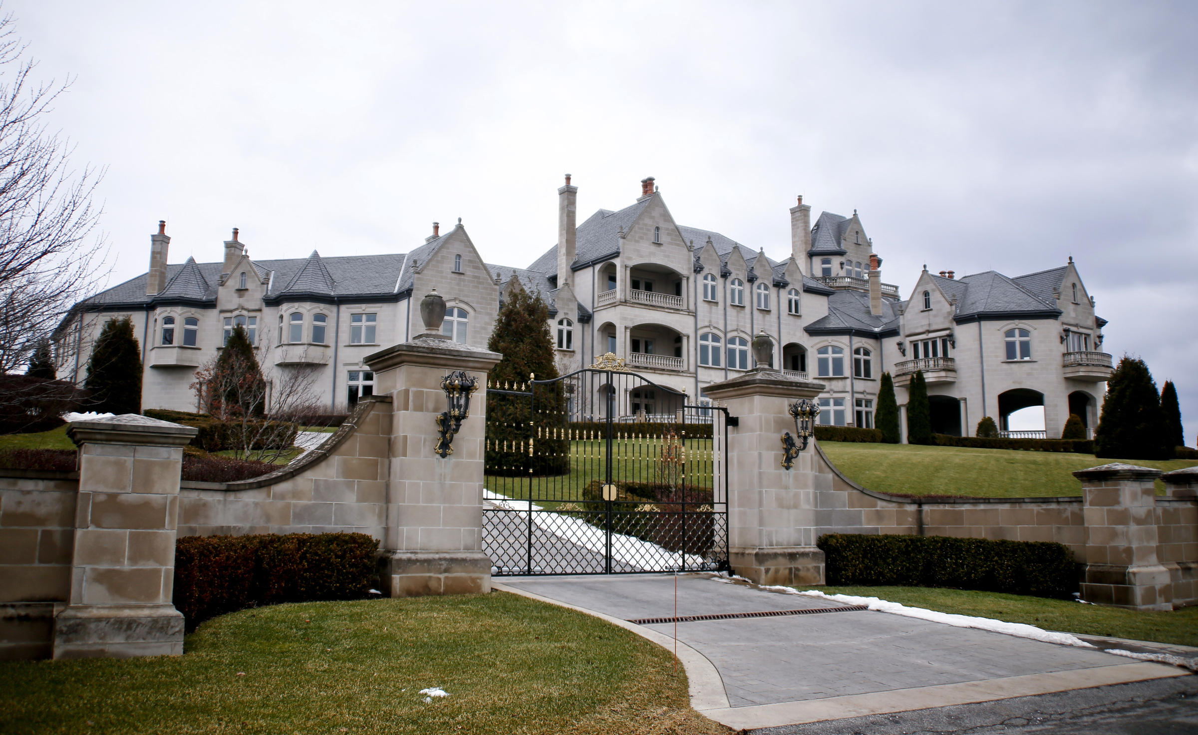 Former Ceo Indicted In Mega Mansion Tax Fraud Scheme 90