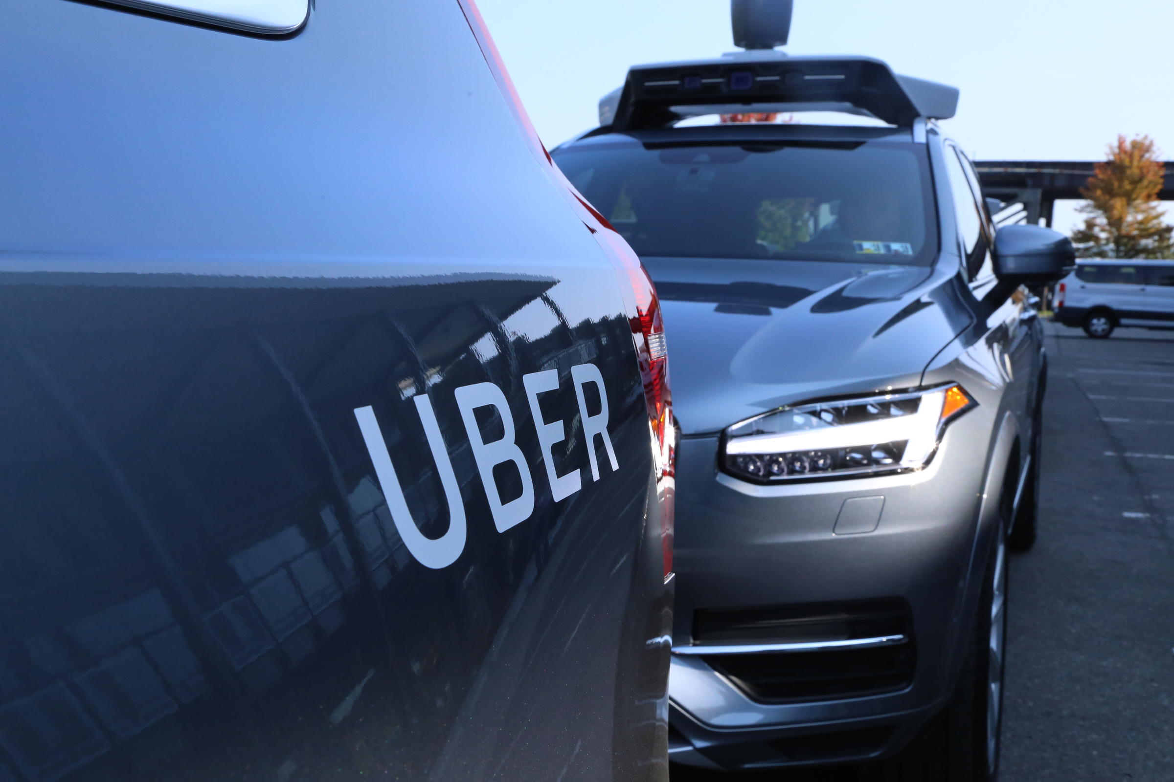 Arizona suspends Uber's driverless vehicle  testing after deadly accident
