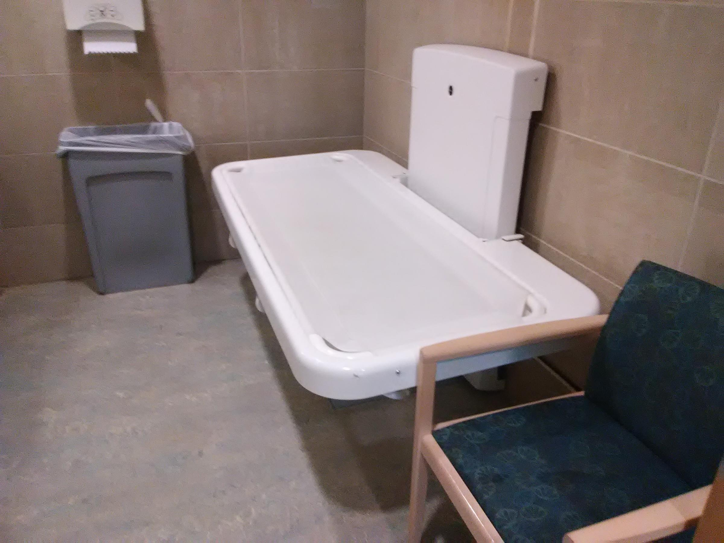 Upmc Children S Hospital Of Pittsburgh Has An Changing Table Perhaps The Only Public Restroom With Amenity In City
