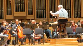 Christopher Warren-Green leads the Charlotte Symphony in a rehearsal of Mozart's Mass in c minor