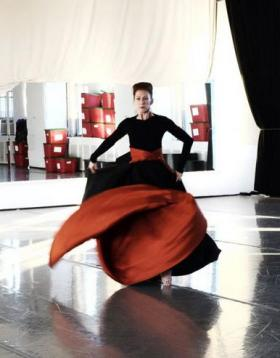 Rehearsal of the Imperial Gesture reanimation by the Martha Graham Dance Company