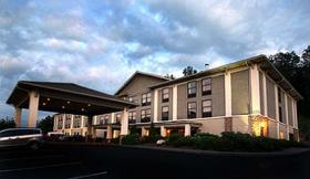 A North Carolina medical examiner recently resigned over carbon monoxide deaths at a Boone hotel.