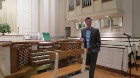 Organist Patrick Scott