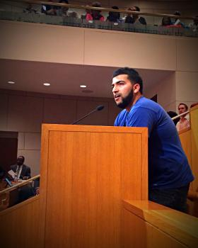 Diamond Cab owner Obaid Khan addressing the Charlotte City Council on Monday night.