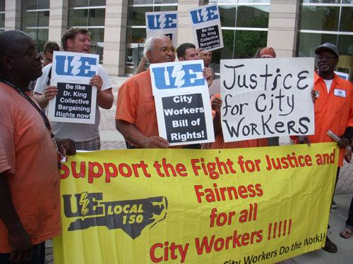 Members of Charlotte City Workers UE 150 picket city hall. Photo: Julie Rose