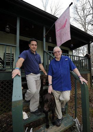 Steav Bates-Congdon (R) and his partner. Photo: Charlotte Observer