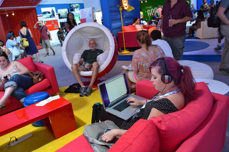 Google's DNC headquarters were quite the hot spot. Erected in a parking lot the corner of Third and Tryon Streets, the space offered festival goers free drinks, free wifi, plush chairs, and a cell phone charging station.