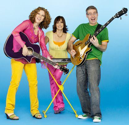 Laurie Berkner and her band. hspace=4