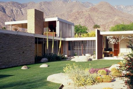 Mid Century Modern Architecture. Design By Richard Neutra.