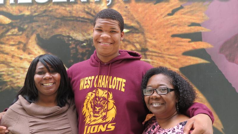 Nakhia  Meeks ('93), her son Kennedy Meeks ('13), and her aunt Brenda Richmond ('71)