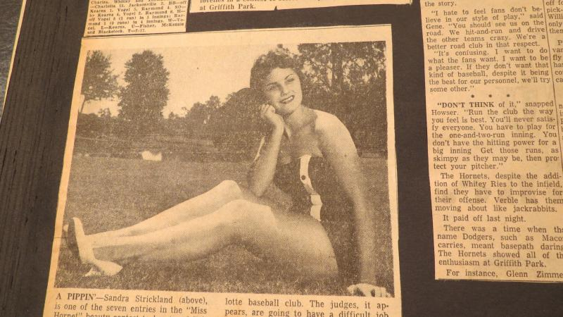 Sandra Strickland, a hopeful contestant for the title of 'Miss Charlotte Hornet' in 1957.