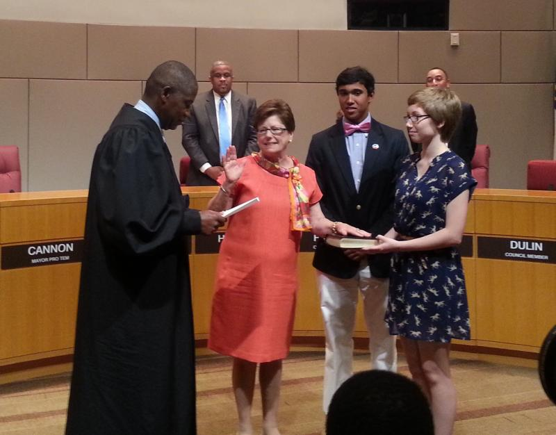 Democratic Councilwoman Patsy Kinsey was sworn-in to replace Charlotte Mayor Anthony Foxx.