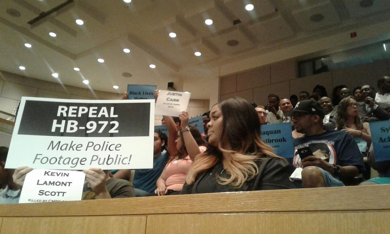 Residents pack city council public hearing on fatal shooting of African-American man by CMPD