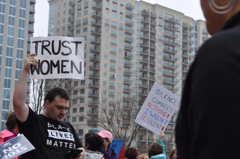 Women's March attendees at Romare Bearden Park