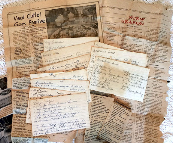 Some of Elaine Rogers' recipes and newspaper clippings.