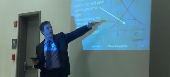 Consultant David Ungemah explains the economics of toll lanes at Cornelius Town Hall Wednesday night.