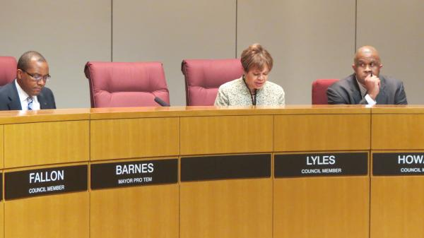 City council will vote on Monday to fill the empty mayor's chair.