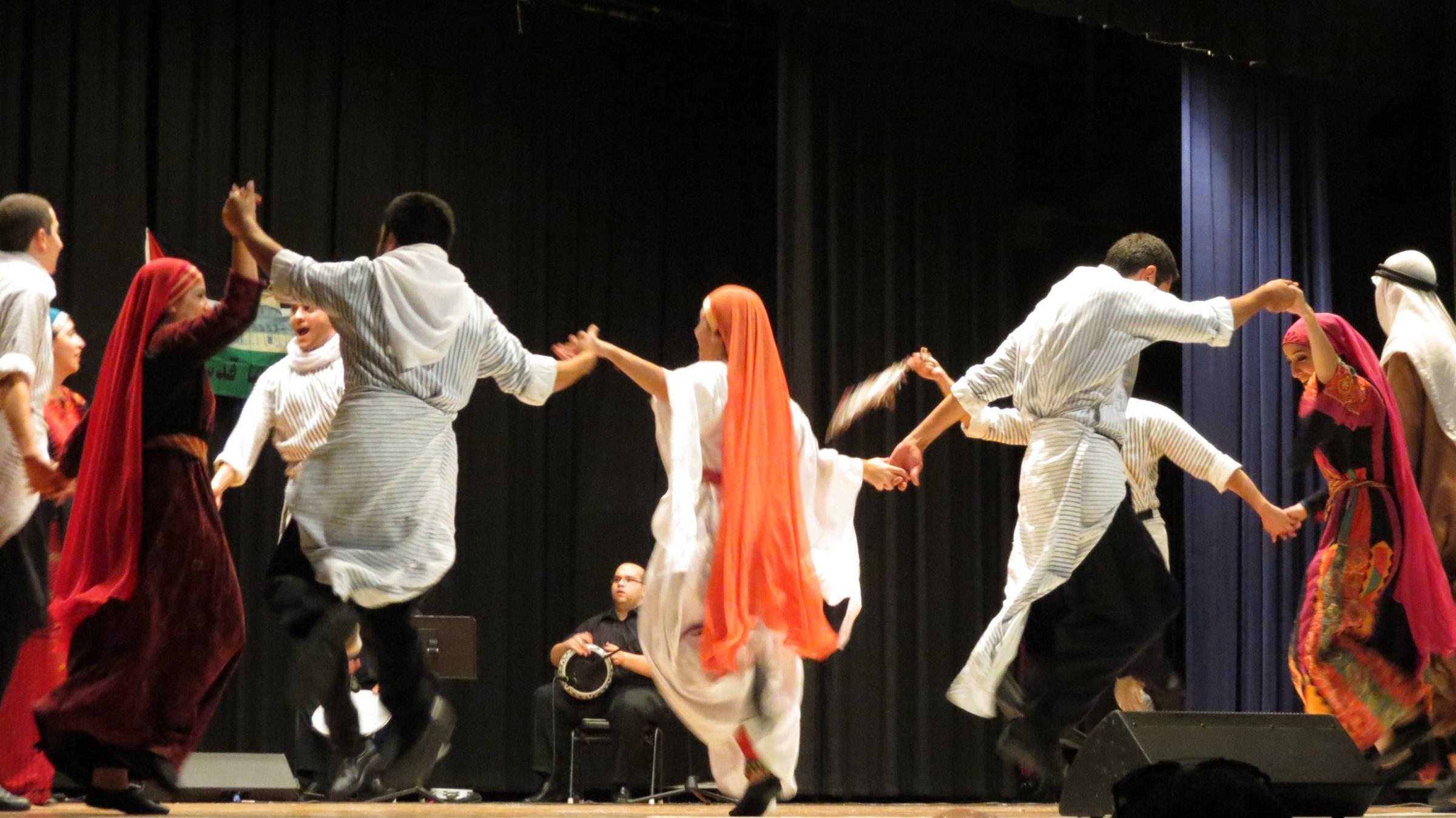 Картинки по запросу палестинские танцы