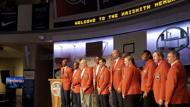 The Basketball Hall of Fame Class of 2018 posing during a press conference on Thursday.