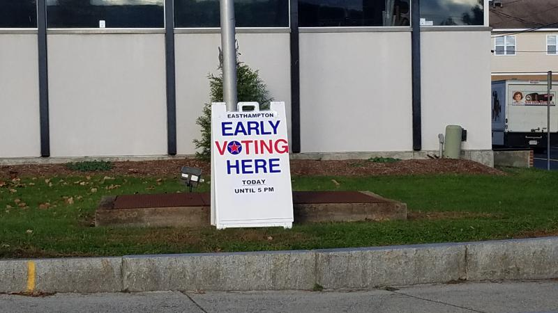 An early voting sign in Easthampton, Massachusetts.