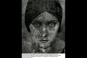 An image from Star Power: Edward Steichen's Glamour Photography.