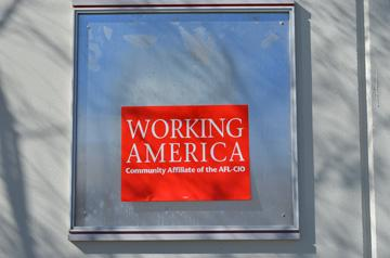 Sign promoting American workers